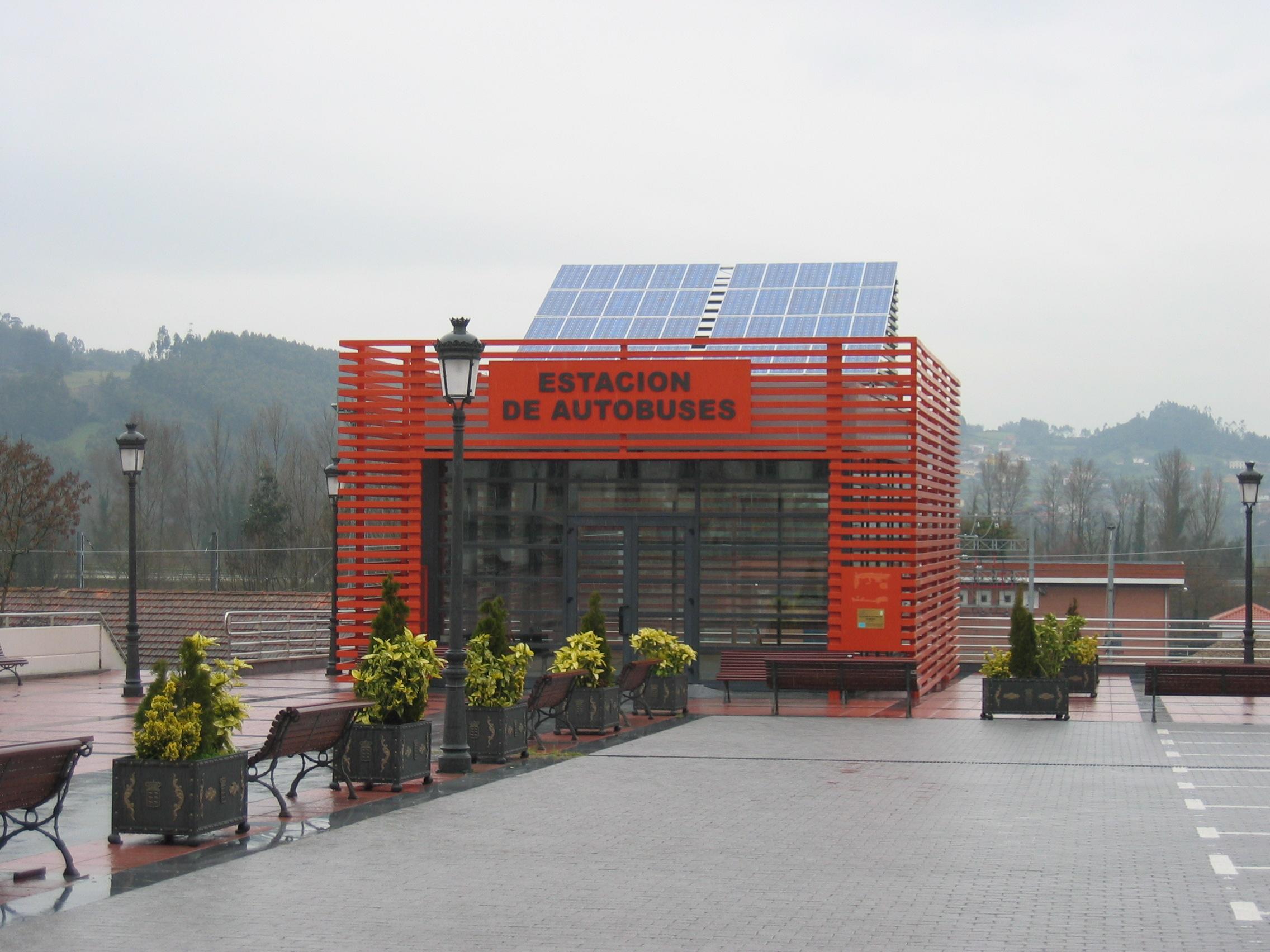 Conexión a Red de 5 kW en Estación de Autobús